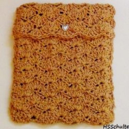 This is an iPad cover crocheted using the shell stitch.
