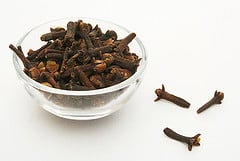 dried cloves