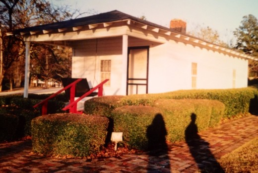 The 2-room house that was the birthplace of Elvis Presley.
