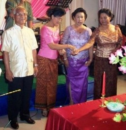 Parents Arrange Khmer Wedding