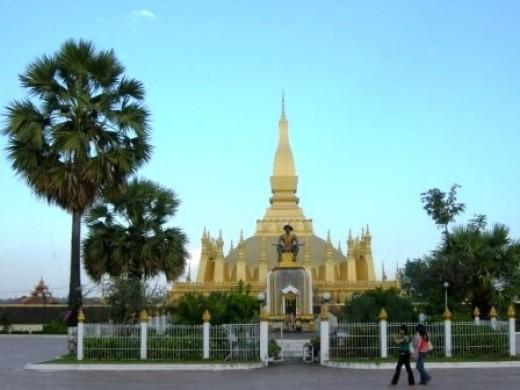 Statue of King Sisavang Vong in Vientiane