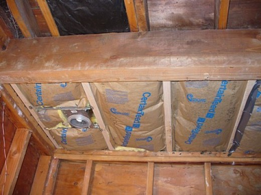 Ceiling over the tub before drywall