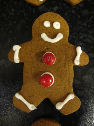 Simple Royal Icing on Gingerbread Man