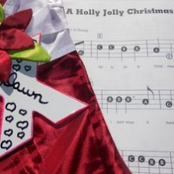 Upbeat Christmas Songs to Get You Into the Holiday Spirit