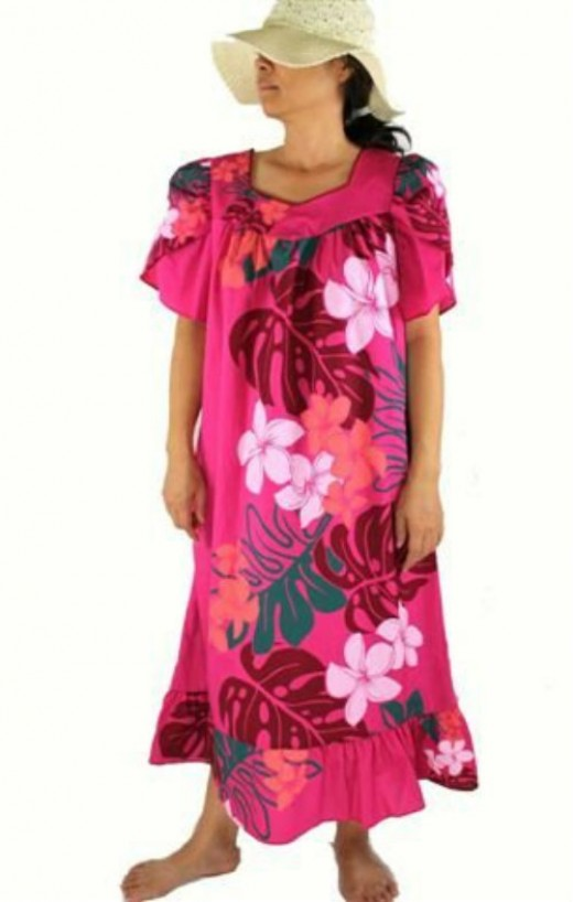 Hawaiian muumuu dress, Pink flower - A nice choice of comfort clothing for boomers and seniors going out to dinner