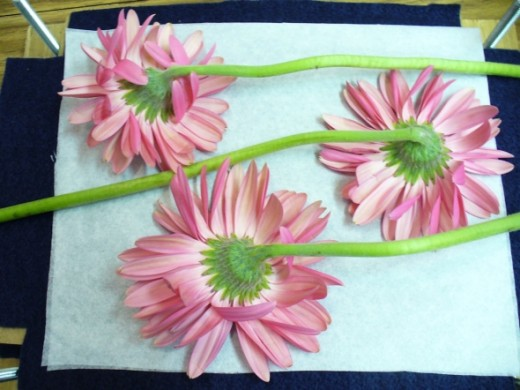 And a third layer of flowers.