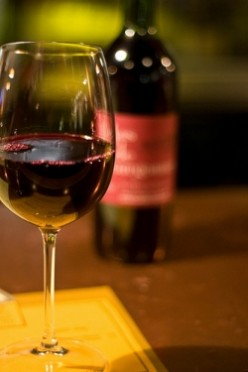 Becoming A Better Server: Beginners Guide To Wine