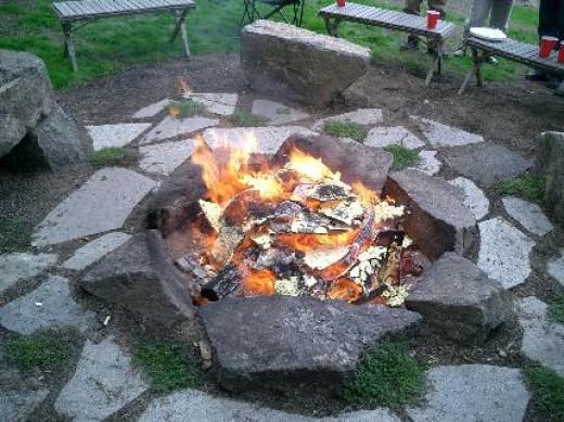 Rock Fire Pit 520 x 389 · 58 kB · jpeg