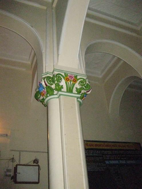 Inner gate:Carved Pillar