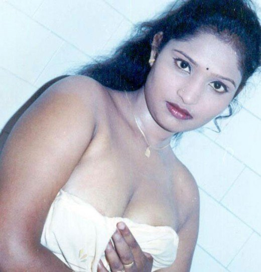 Tamil Actress Sneha Without Dress Exposed. - YouTube