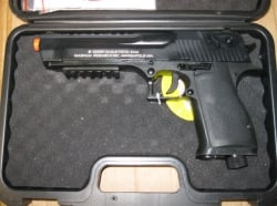 Replica Desert Eagle Paintball Pistol