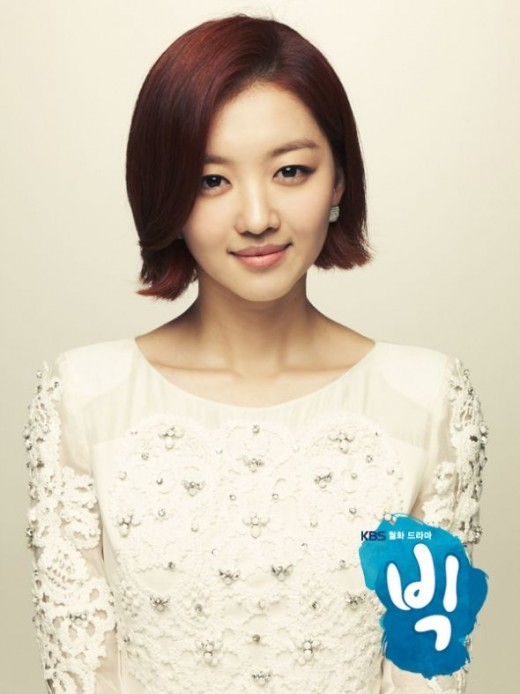 Jang Hee-jin as Lee Se-young