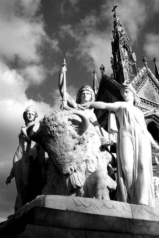 "The ""Americas"" statue on the Albert Memorial"