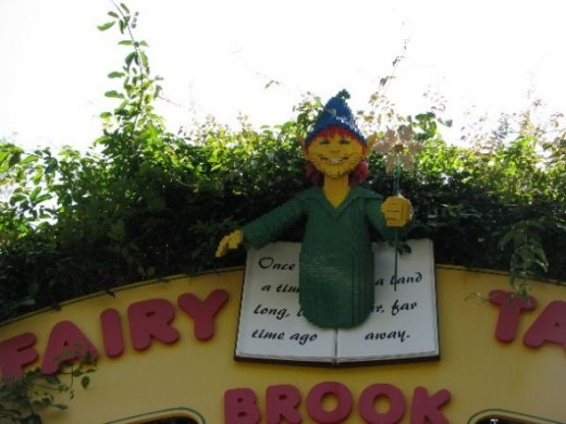 My favourite ride was the slow boat ride along Fairy Tale Brook. There were lots of storybook characters (built out of lego of course) to see. See if you can name the story each character was from.