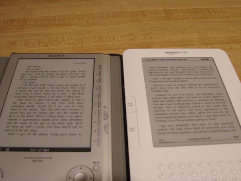Side-by-side comparison of the readability of the Kindle 2 and the Sony 505 (credit: kindleboards.com)