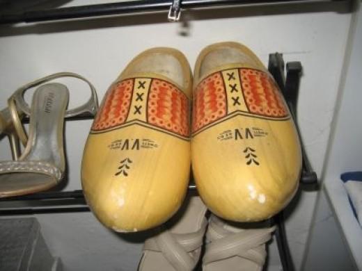 7.Dutch wooden shoes