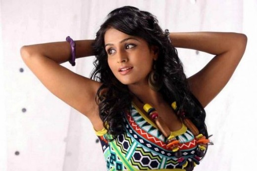 Remya Nambeesan 6