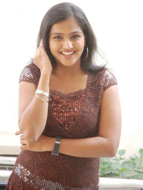 Remya Nambeesan 7