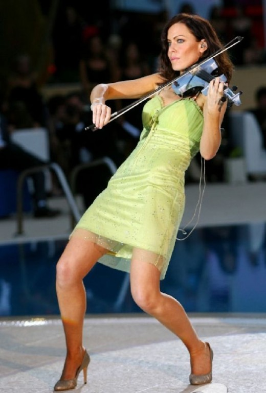 Electric Violinist Linzi Stoppard