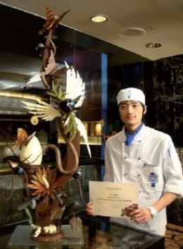 Justin Yu - 2009 Callebaut Easter Egg Challenge Winner