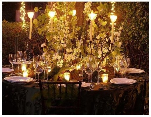 The gorgeous table settings.