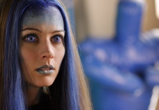 A better view of Illyria's facial designs and blue contacts