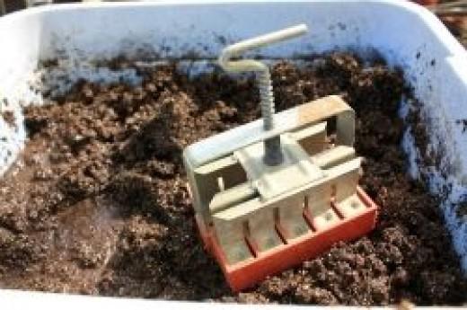 mini soil blocker
