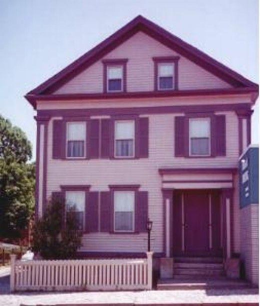 The Borden House is now a Bed and Breakfast in Massechusetts!