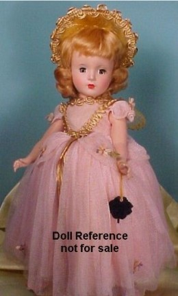 Since most of the dolls were blonde haired and blue eyed, straight hair was what was the norm.  Features for a doll of Color looked just like she was white with the darkest tan you ever wanted to see.  It would be much later that Ethnic dolls were cr