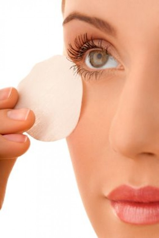 benefits of coconut oil for your lashes