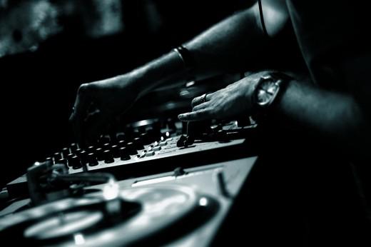 Collingwood DJ (Photo by mugley on flickr)