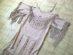 Historical sewing - historical costuming - hand sewing