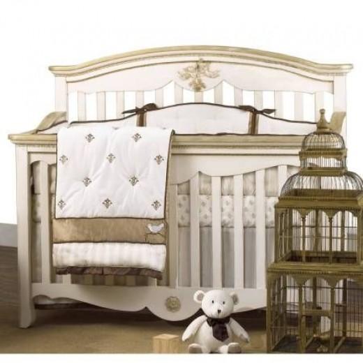 Petit Tresor 4 Piece Nesting Crib Bedding Set