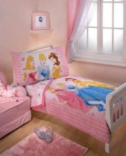 Disney Princess Dreams 4 Piece Toddler Bedding Set