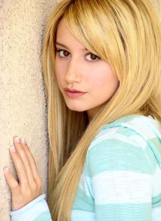 112063 f520 ... fact that Blondes Do It Better. ashley tisdale fake nude pics   Enjoy!