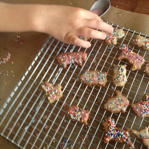 Icing the cookies