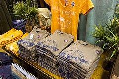 t-shirts shop