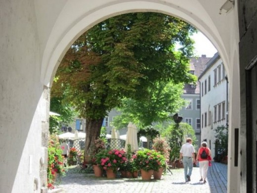 A lovely courtyard garden in Regensberg