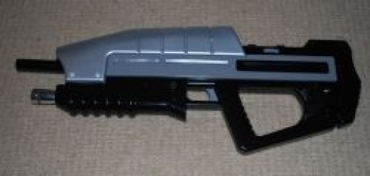 Buzz Bee Plasma Blaster - HALO Assault Rifle Finished