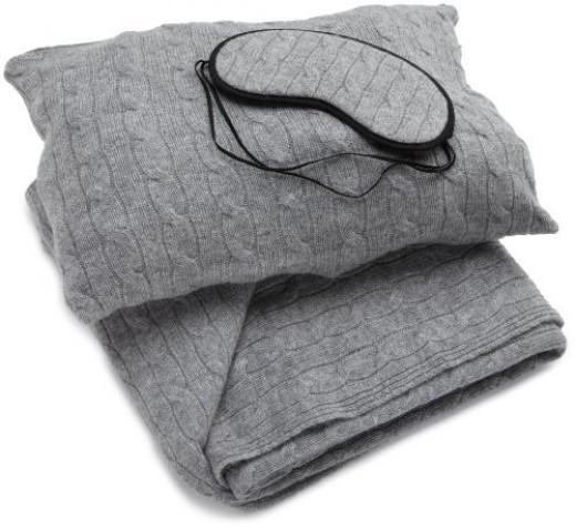 Sofia Cashmere Women's Cable Knit Travel Set (Grey)
