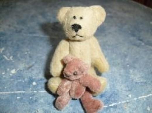 Making Miniature Bears: Upcycling