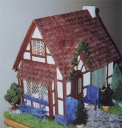 Make a Tudor Dollhouse