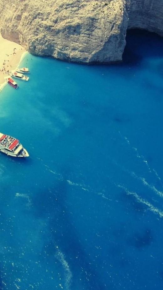 Beach in Greece iPhone 6 HD wallpaper