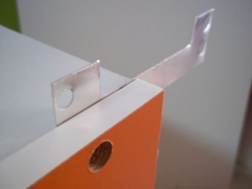 The secured C-shaped connector