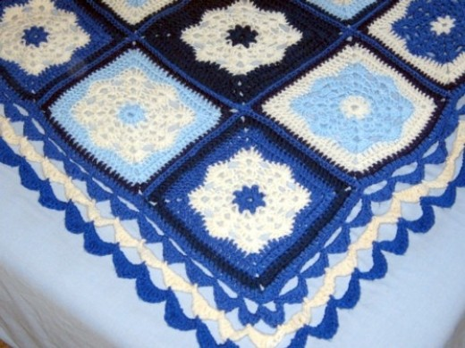 ...and here's the beautiful crochet edging
