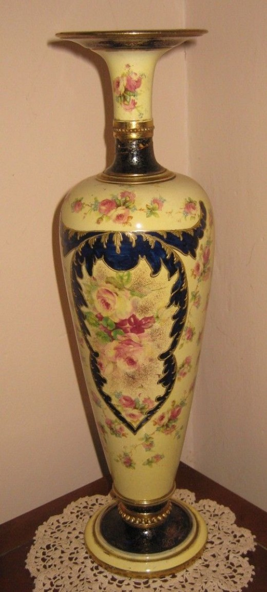 My Great-Grandmother's Vase - a true antique