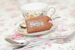 Bride tea setting