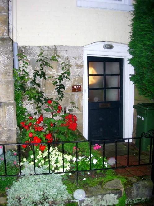 A sweet front door