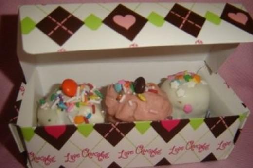 Mini Cupcakes in a Box