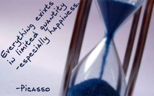 happiness-quotes-hour-glass